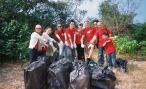Team Nomura beach cleanup